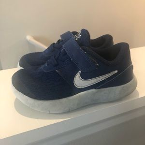 Nike toddler sneakers
